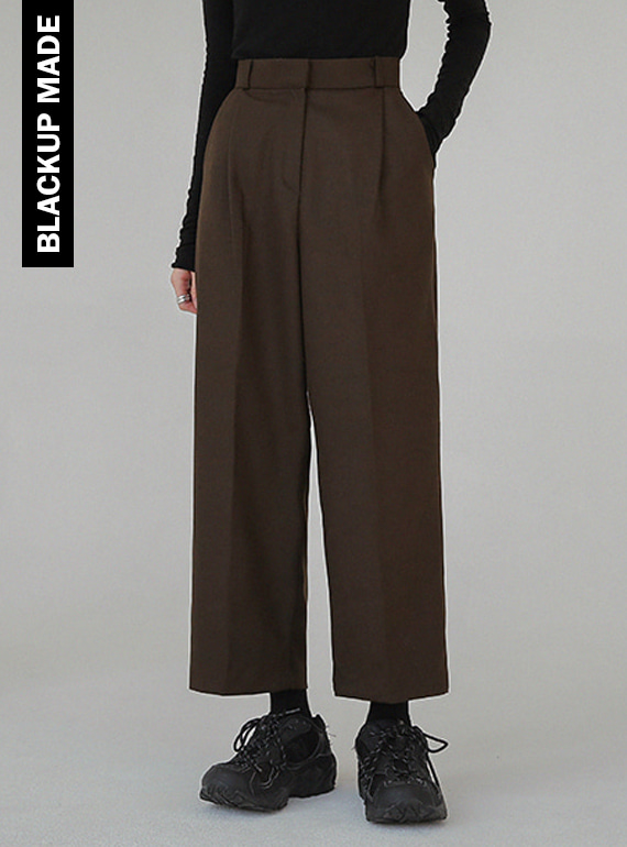 (BLACKUP) FIGURE PINTUCK SLACKS